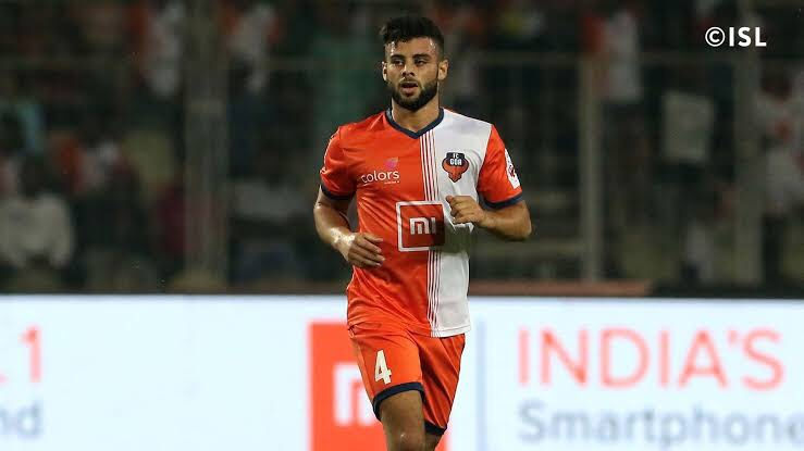 Hugo Boumous becomes the first foreigner to sign three year contract in the ISL. img 9243