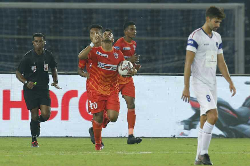 FC Pune City duo signs for Mumbai City FC ft m5 ddfc vs fcpc 2 1465477802
