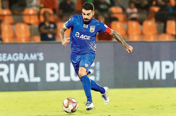Paulo Machado signs contract extension with Mumbai City FC machado isl d 1758917892