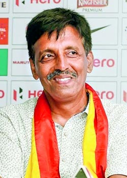 Top 5 most underrated Indian coaches Bastab Roy smile