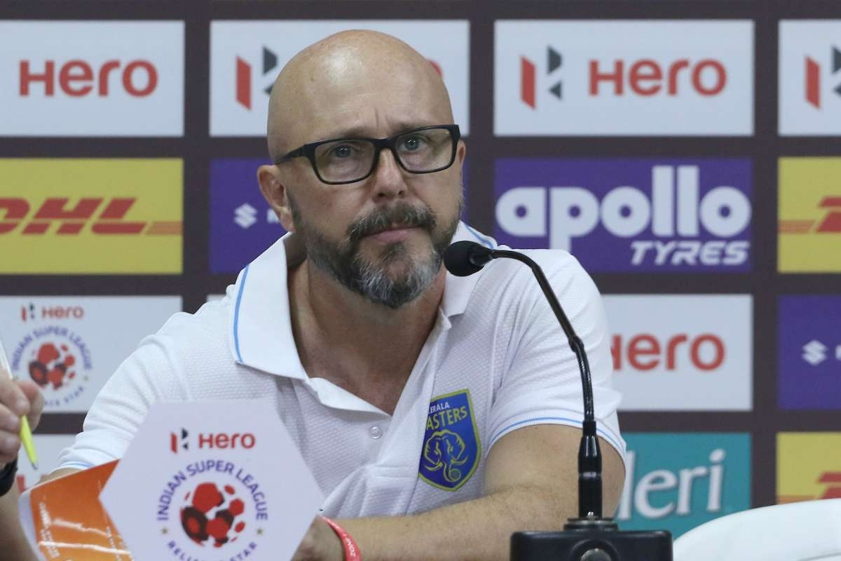 What led to the failure of Eelco Schattorie at Kerala Blasters? SAVE 20200405 142424