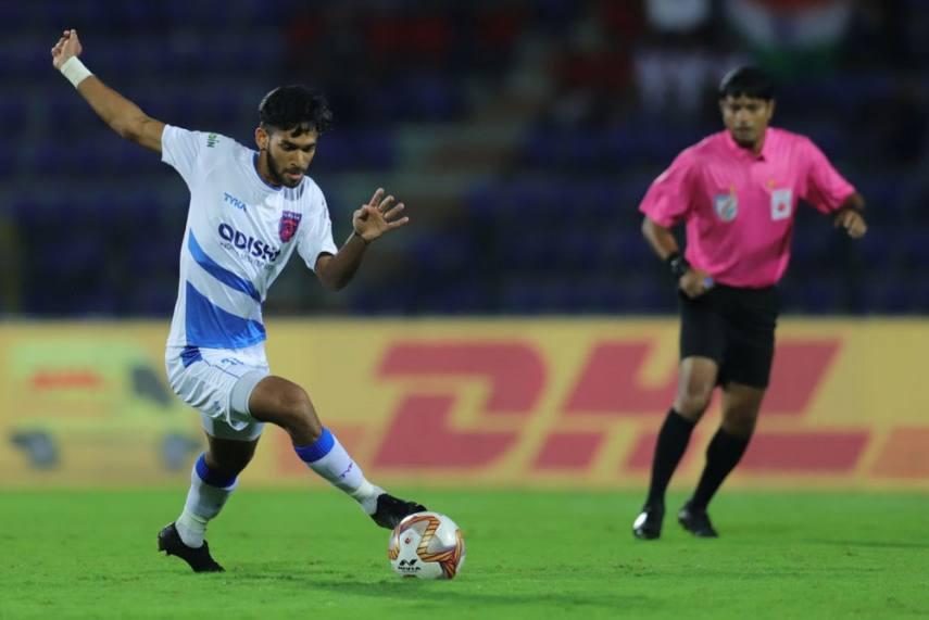 """Shubham Sarangi: """"I hope Yan Dhanda can play for the national team soon!"""" Shubham Sarangi ISL 571 855 2"""