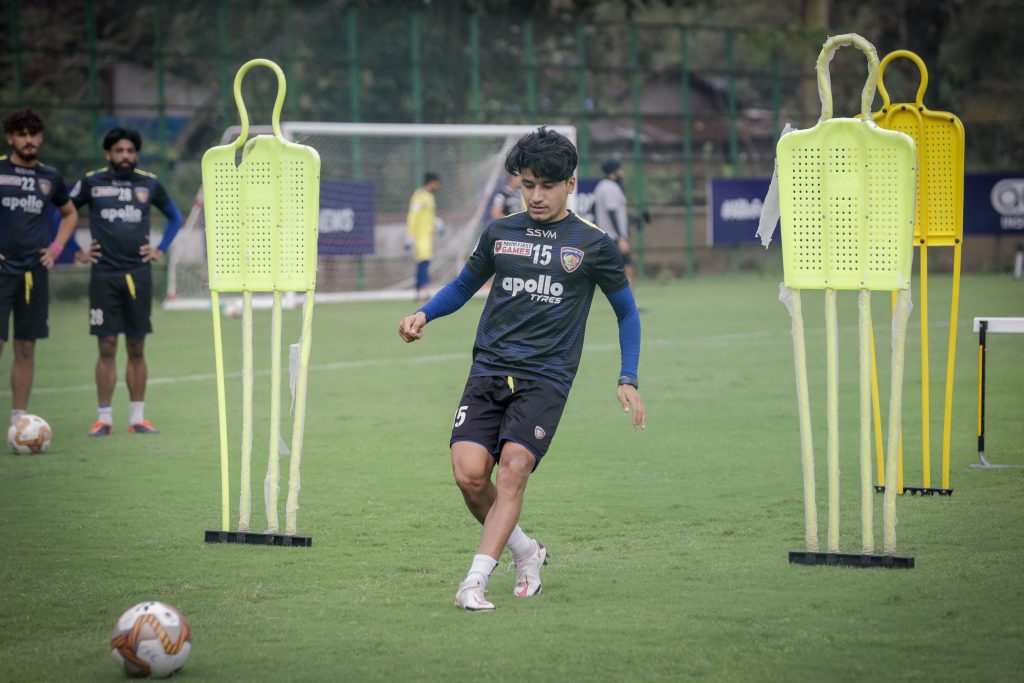 Sensible Transfers - Chennaiyin FC needs more midfield options Chennaiyin FC midfielder and vice captain Anirudh Thapa in training