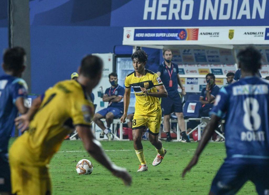 Hitesh Sharma - Rising Star Of Indian Football   ISL 2020-21 hydfcofficial 20210217 121840 7