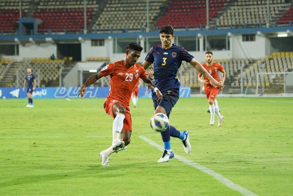 Match Report - FC Goa put in a valiant effort against Al Wahda to secure a point Devendra Murgaokar fights for the ball FC Goa va Al Wahda AFC Champions League 2021