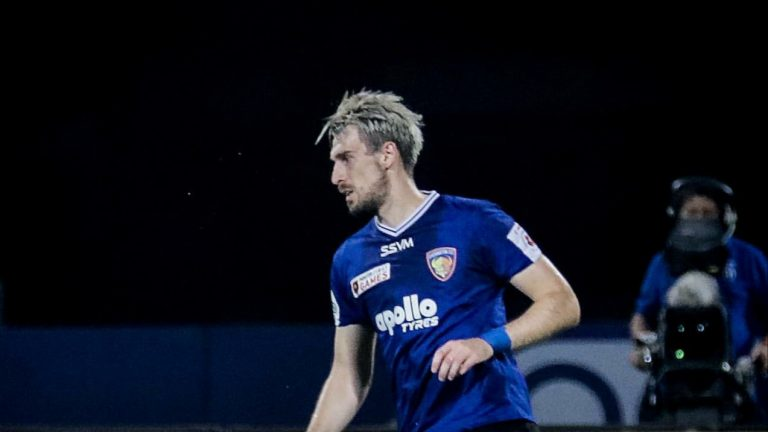 Official – Kerala Blasters signs Bosnian defender Enes Sipovic on a free transfer