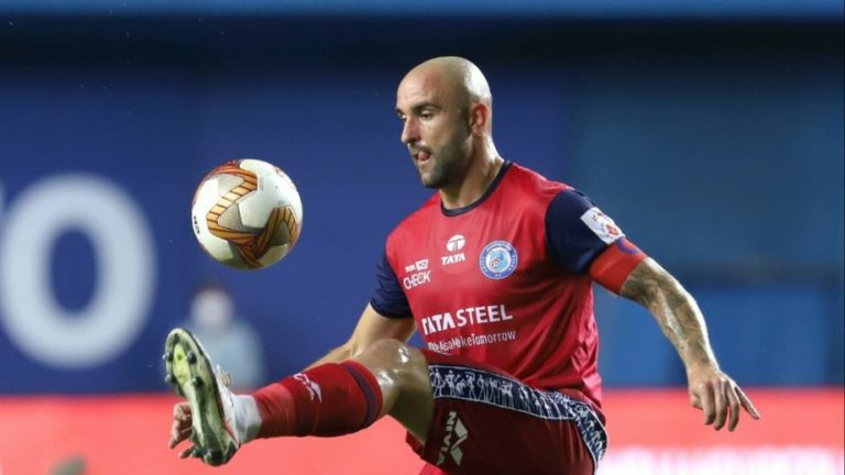 Official – Jamshedpur FC extends contract of defender Peter Hartley for 1 year