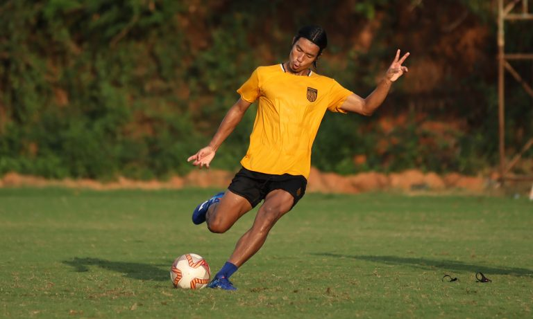Official – Hyderabad FC extends the contract of Chinglensana Singh until 2025
