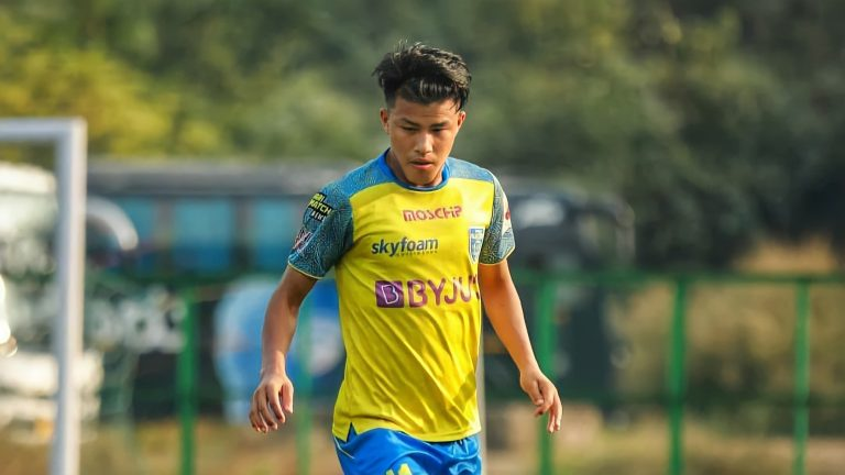 Official – Kerala Blasters hand over three year contract extension to Givson Singh