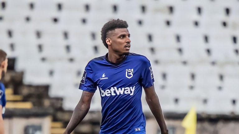 Official – Bengaluru FC signs Brazilian midfielder Bruno Ramires