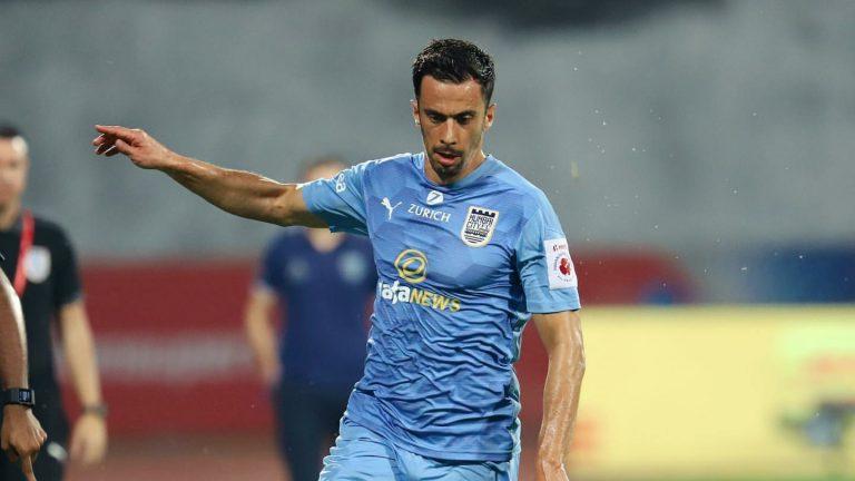 Official – NorthEast United signs experienced Spaniard midfielder Hernan Santana